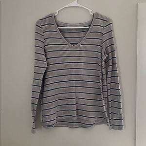 American Eagle Outfitters soft and sexy medium top